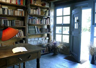 SALONS - Biblioteca